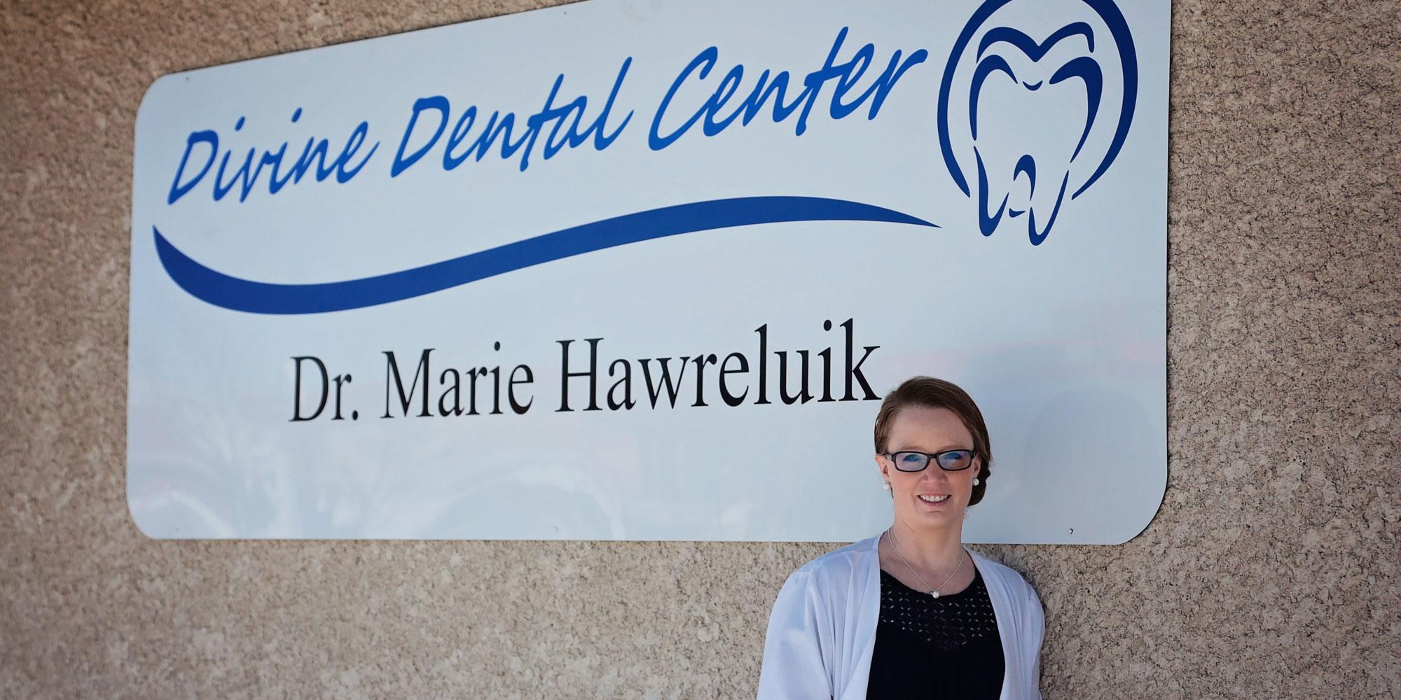 Dentist Dr. Hawreluik in Yorkton, SK Divine Dental Center